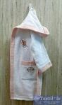 Халат детский с капюшоном Volenka Кеды, белый/светло-розовый